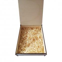 Lesena darilna škatlica